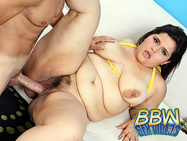 Plumpers Like It Big scene 3 2